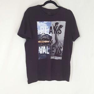 3/$20 Sz L Express Tshirt